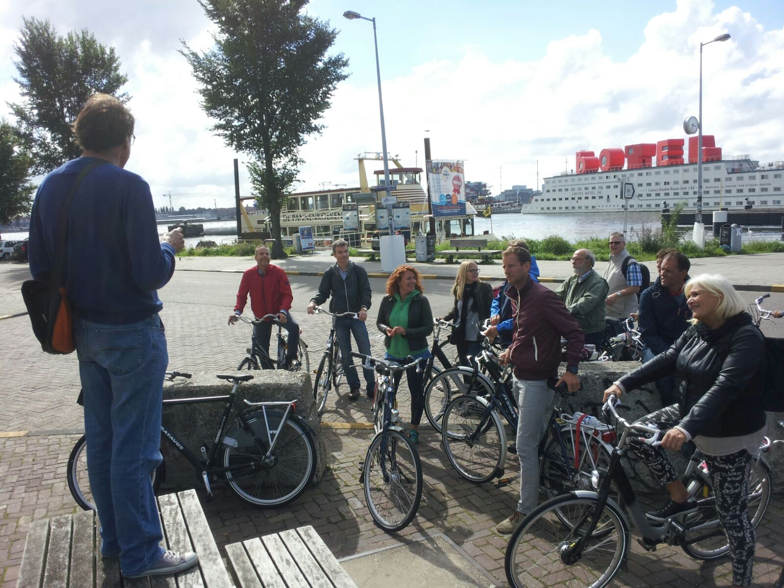 Bedrijfsuitje_Amsterdam_NDSM_fietstocht