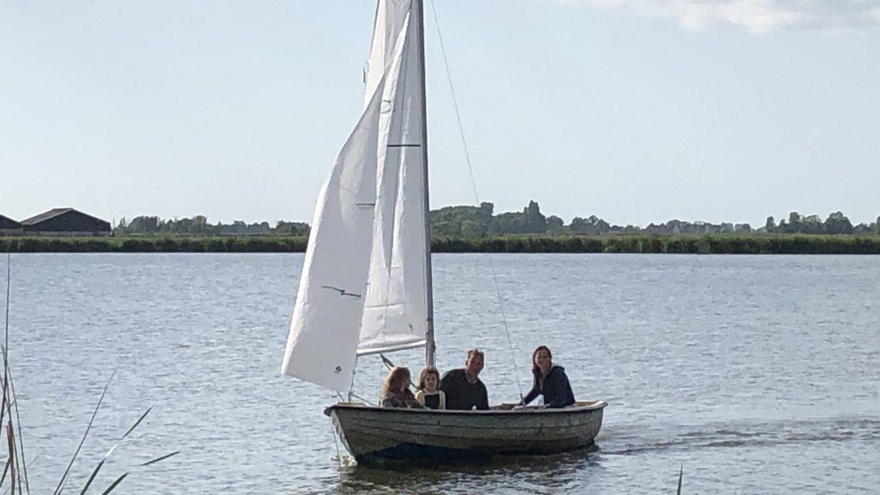 Zeilboot huren Uitdam